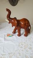 Régi bőr borítású elefánt