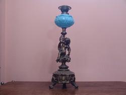 Grandiózus figurális petóleum lámpa ritkaság