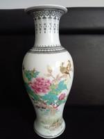 Kínai porcelán váza 32 cm-kézzel festett jelzett(1960-80)