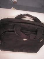 N18 régi Dell laptoptáska vagy irattáska kétterű,3 zipp záras tolltartós