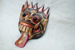 Indonézia Barong hosszú nyelvű maszk balinéz kézi fafaragás festés Bali