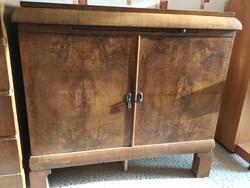 Fa tálalószekrény barna a múlt század közepéről Kecskeméten eladó