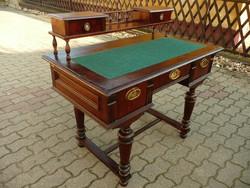 Csodaszép, antik, picike, női építményes ónémet íróasztal új eredeti gyapjú betéttel teljesen stabil