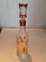 Butélia, karaffa - aranyozott levél alakú mintával, dugóval