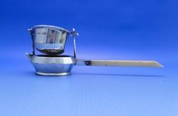 0B366 Antik ezüst teaszűrő különleges csont nyéllel