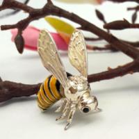 Kuriózum! Ezüst méhecske 925-ös, zomàncos, hibàtlan
