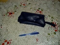 Malév logós cipzáras neszeszer,kis táska, tolltartó