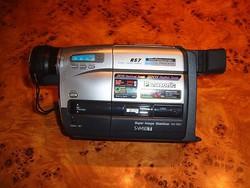 Videókamera Panasonic S VHS C