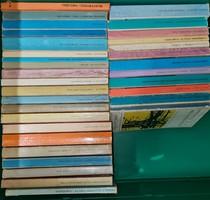 Európa zsebkönyvek sorozat 33 db