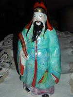 Kínai bölcset ábrázoló szobor