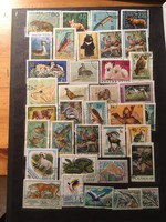 36 darab állatokat ábrázoló bélyeg több országból .