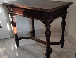 Faragott gyönyörű Neoreneszánsz,ónémet, Eklektikus asztal, íróasztal, posztamens, dolgozni kivàló
