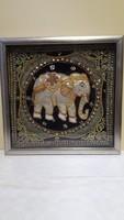 Elefánt  Nagyon szépen hímzett,gyöngyökkel,színes kövekkel,fémszálakkal,kiváló kézimunka.