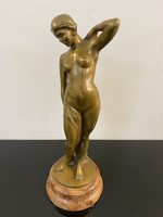 Margittai bronz szobor márvány talppal - M253