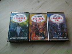 J. R. R. Tolkien: A Gyűrűk Ura I-III. (A gyűrű szövetsége, A két torony, Akirály visszatér)