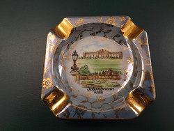 Schönbrunn Wien porcelán hamutartó