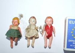 Régi, antik kemény műanyag mini, miniatűr babák-karácsonyfadíszként használták