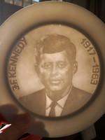 J.F. Kennedy porcelánban - Ritka Herendi litofán tányér