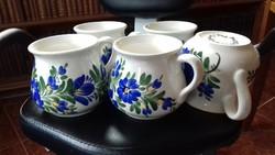 Baranyi, veszprémi népi fazekas mester kék virágos bögréi, öblös bögre