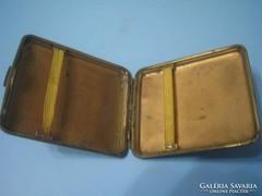 U10 Antik Fém cigaretta tárca,antik bőr bevonattal jól záródó kapoccsal