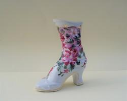 Rózsa mintás kézzel festett porcelán cipő viktoriánus cipő kis virágtartó váza