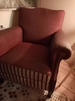 Eladó fotel