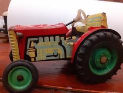 Retro nosztalgia lemez játék autó Zetor traktor