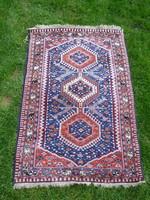 Antik kézi csomozású perzsa szőnyeg 123 x 82 cm.