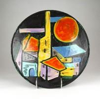 1D029 Györgyey Zsuzsa (1931-2006) : Városképes kerámia falitál 28 cm
