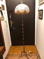 Nagyon régi bronz állólámpa, 160 cm-es magasságú, festett üveg jegeces belsővel