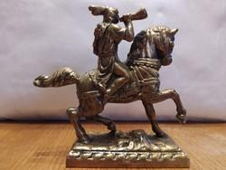 Réz lovas szobor