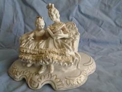 Olasz CAPODIMONTE porcelán szobor rokoko stilusban