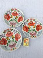 3 darab Régi hollóházi csodaszép virágos virágmintás tányér- sok virág - dísz tál süteményes 1831