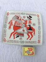 Hollóházi porcelán falitányér tányér - huszár ló - vitéz jelenetes