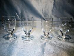 4 db szép régi talpas üveg pohár
