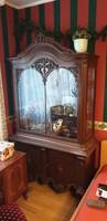 Intarziás vitrin