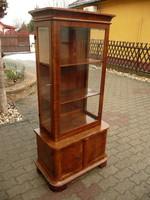 RITKASÁG! Art Deco mini vitrin nagyon szép állapotban az eredeti csiszolt üvegekkel