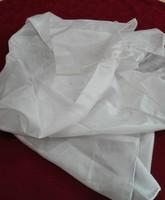 Új, gyönyörű fényű,  fehér színű selyem kendő, 90 x 90 cm
