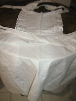 Gyönyörű fehér madeira kötény
