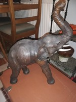 Valódi bőrből kézzel készitett hatalmas elefánt