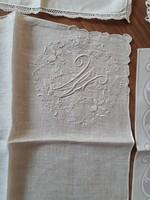 4db díszzsebkendő