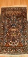 Kézi csomózású életfás perzsa szőnyeg