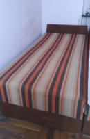 Retro, csíkos buklé huzatú epedás heverő, kanapé, ágynemű tartós ,2 db