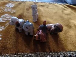 Kis kutyák porcelánból