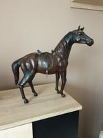 Bőrrel borított ló eladó!