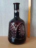 Bordó, metszett kristály üveg palack