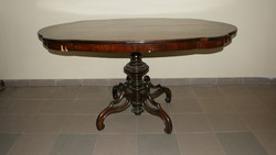 Neobarokk Póklábú Asztal