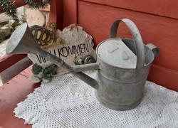 5 literes Bádog locsolókanna  öntözőkanna  , nosztalgia darab, paraszti dekoráció, kertbe dísznek