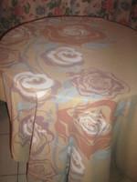 Gyönyörű pihe-puha vintage rózsás ágyneműgarnitúra