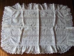Régi, antik századfordulós, csipkés baba takaró, baba ruházat-akár terítő is lehet